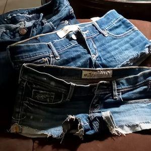 3 Jean shorts